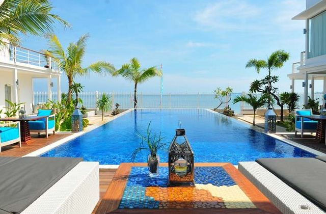 Hotel Palm Beach Resort Jepara
